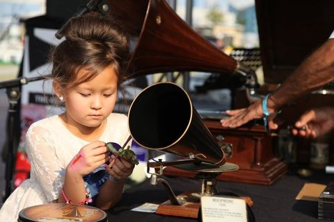 Classic Car and Vintage Festival Gramophone